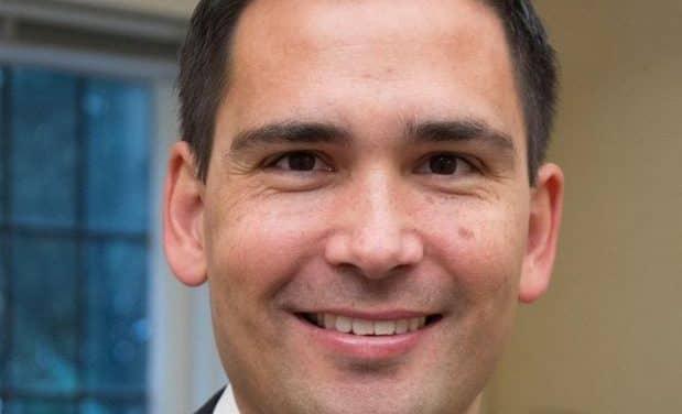 Moana Maniapoto: Let's judge Simon Bridges on his politics, not his whakapapa