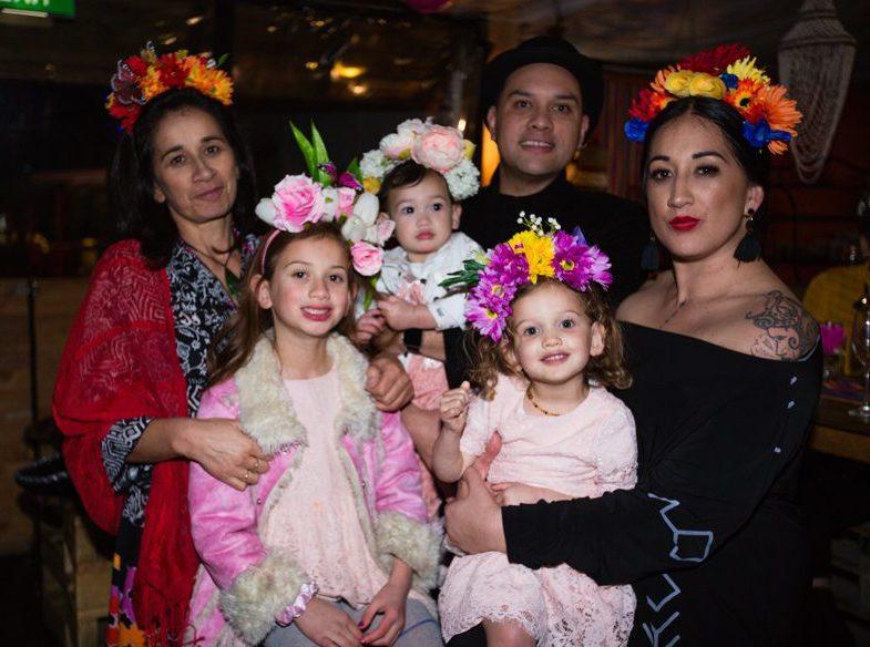 Kristin's mum Leeann, daughters Hinehui, Te Uruhuia, Marere, Hōhepa and Kristin celebrating Kristin's 30th birthday
