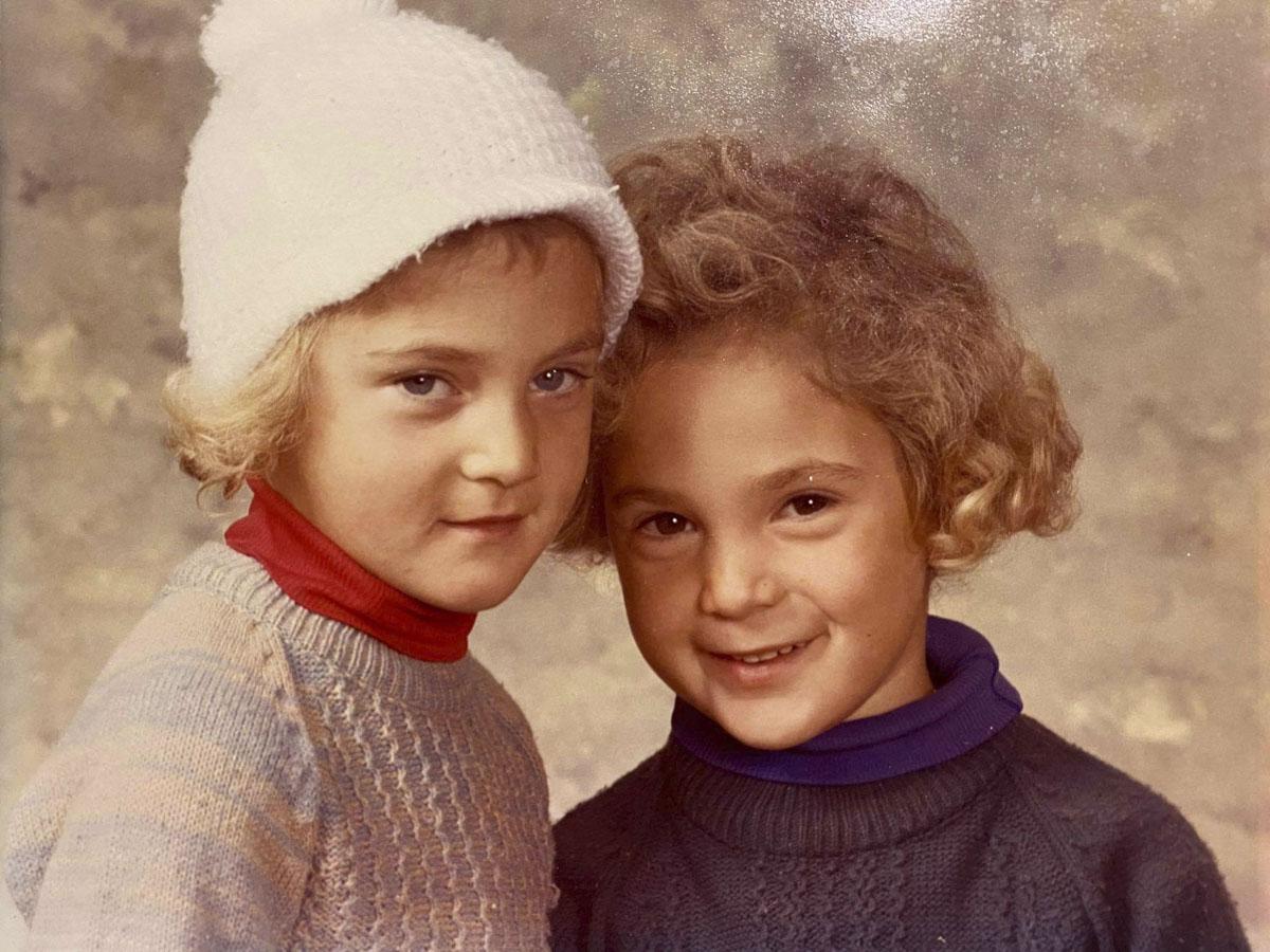 Belinda Borell (left) and Nigel Borell (right) aged six, Manurewa 1979.