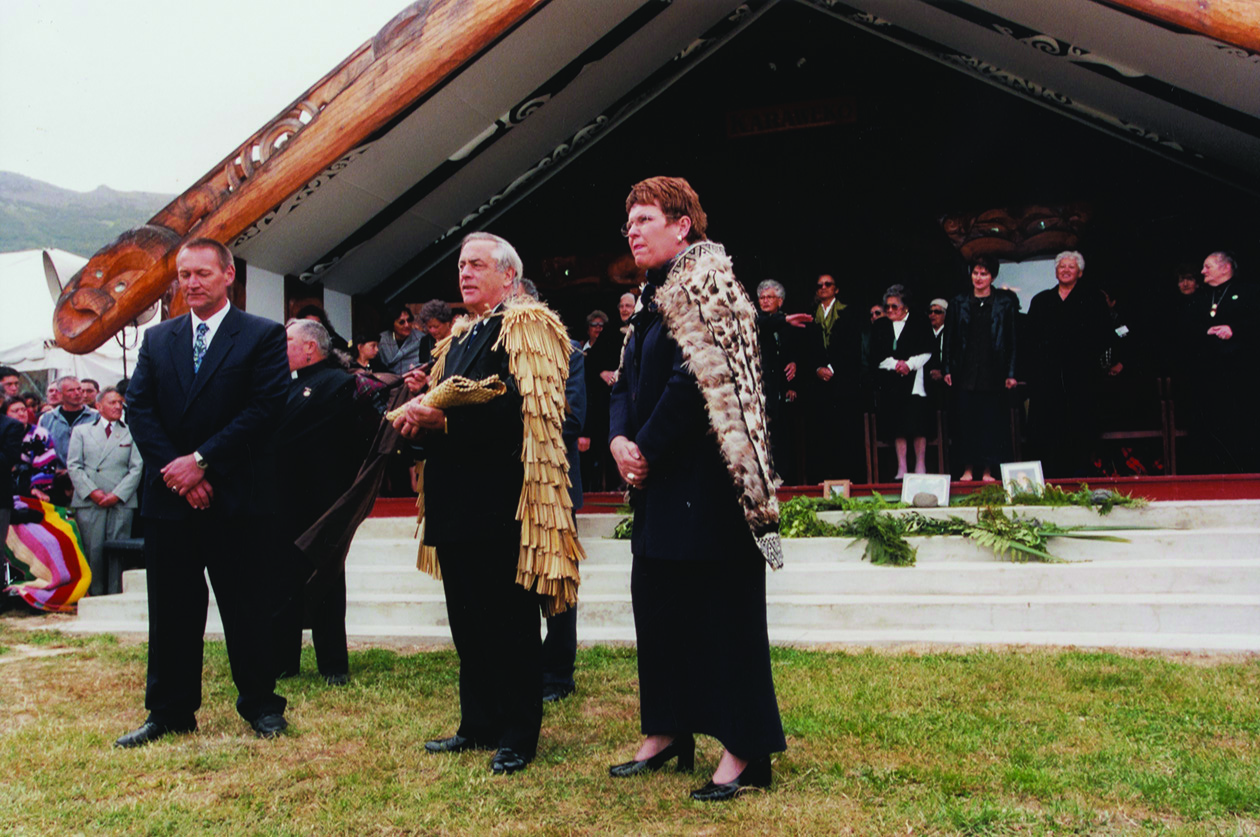 Mark with then Minister in Charge of Treaty Negotiations Doug Graham and then Prime Minister Jenny Shipley at Ōnuku Marae for the Crown's formal apology to Ngāi Tahu in November 1998. Courtesy Te Rūnanga o Ngāi Tahu